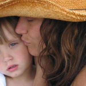 Czy-Polki-sa-bezpieczne-podczas-wychowywania-swoich-dzieci